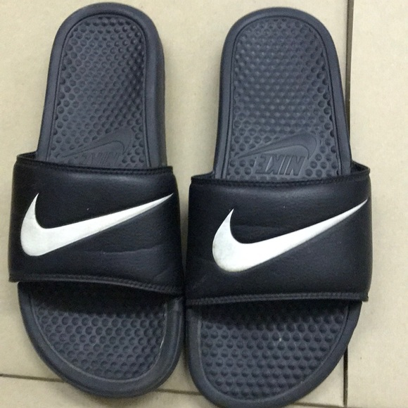 Nike Slides, Men's Size: 9